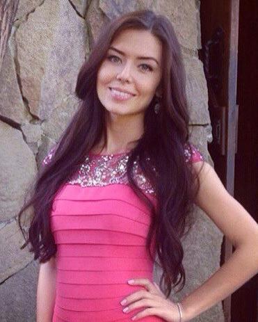 Веб девушка модель сваровская модельный бизнес райчихинск