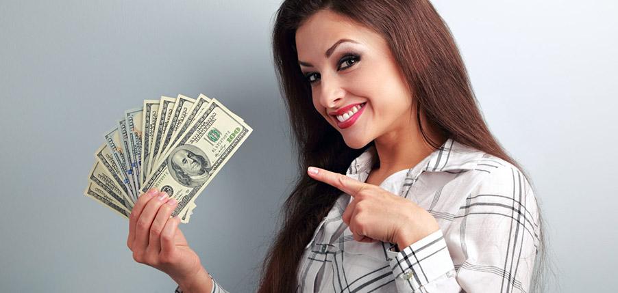 Веб девушка модель сколько зарабатывает отзывы работа в москве досуг девушка
